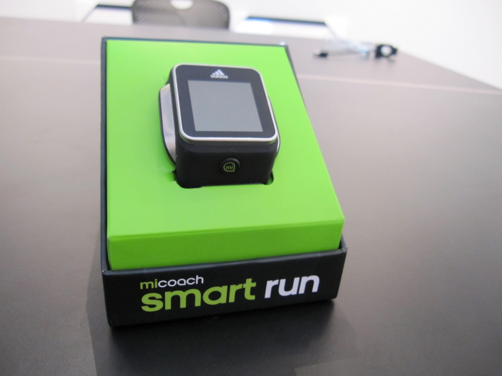 Smartwatch Adidas miCoach Smart Run