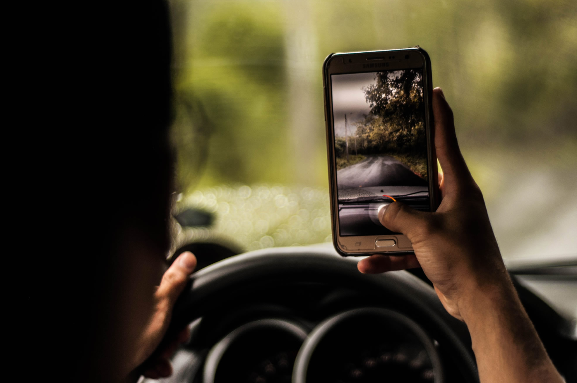 ¿Eres adicta a tu teléfono móvil?